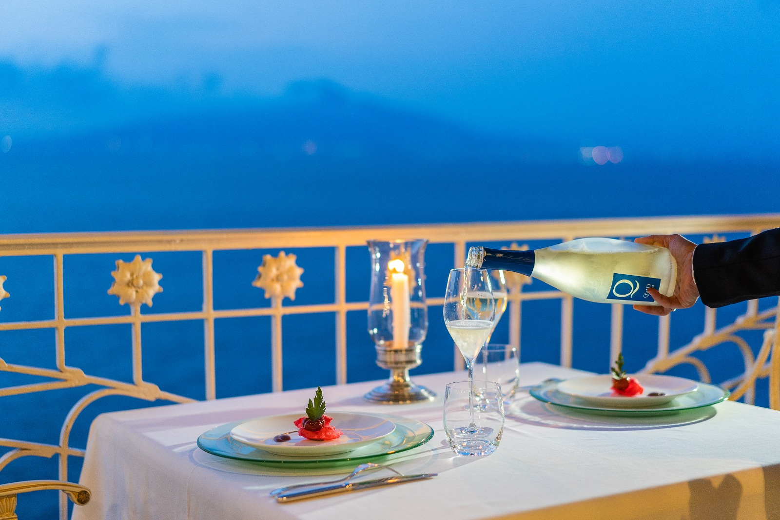 romantic dinner, La Pergola sea view terrace, Bellevue Syrene Sorrento.